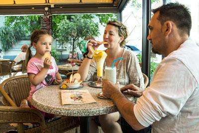 Eiscafe_fuer_Familien1